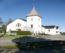 Exterior view of Cloverdale United Church; City of Surrey, 2004