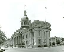 Corner view of the Kingston City Hall National Historic Site of Canada.; Parks Canada Agency/Agence Parcs Canada