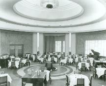 Photograph of the Round Room on Eaton's 7th Floor, 1930.; Eaton's of Canada Ltd./ Eaton Canada Ltée., 1930.