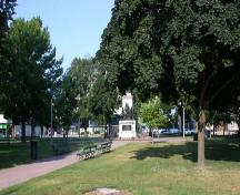 Victoria Park Square featuring one path that forms the Union Jack, 2005.; Department of Planning, City of Brantford, 2005.