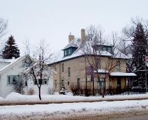 Contextual view of Daly House, Brandon, 2005.; Historic Resources Branch, Manitoba Culture, Heritage, Tourism and Sport, 2005