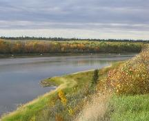 View of South Saskatchewan River (downstream) from the Historic Site, 2004.; Government of Saskatchewan, Marvin Thomas, 2004.