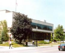 Exterior photo; (Public Works and Government Services Canada, Public Works and Government Services Canada, 1998.)