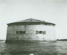General view of the Shoal Martello Tower, 1924.; National Archives of Canada /Archives nationales du Canada, PA8887, 1924.