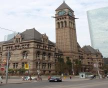 General view of Old Toronto City Hall and York County Court House, showing the solidity and sense of permanence conveyed by the rich texture and massive proportions of stone elements, 2007.; Old Toronto City Hall and York County Court House, deymosD, June 2007.