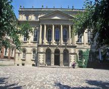 General view of Osgoode Hall showing the sculptural treatment of the facades, 1993.; Parks Canada Agency / Agence Parcs Canada, J Butterill, 1993.